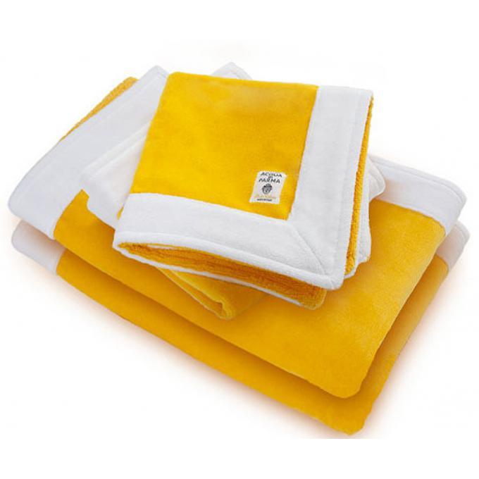 lot de 2 serviettes de bain 75 x 100 cm gel douche et bain acqua di parma. Black Bedroom Furniture Sets. Home Design Ideas