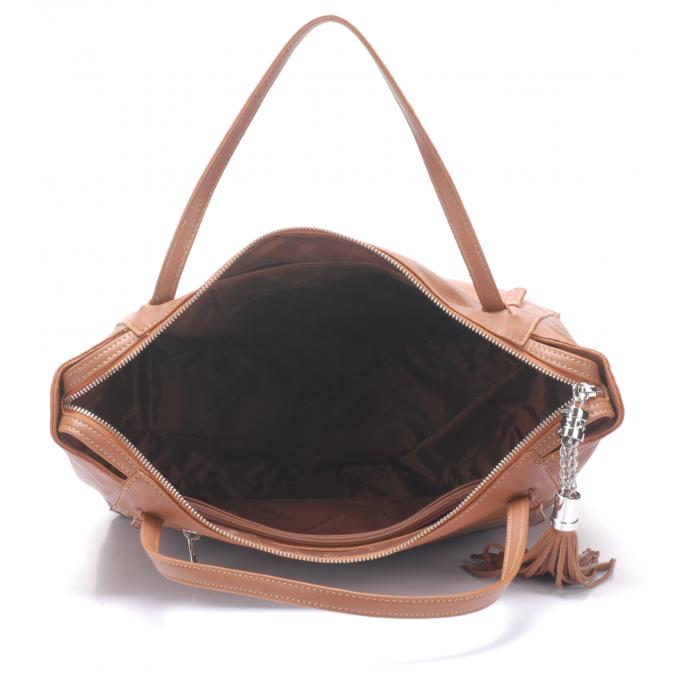 sac main pompom cuir de vachette et sac main arthur aston womancorner. Black Bedroom Furniture Sets. Home Design Ideas