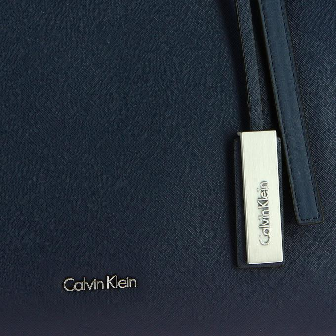 Klein Sac On Marissa Logoté Wqqziy Cabas Jeans Snap Photos Calvin Large qXZwHxIZWg